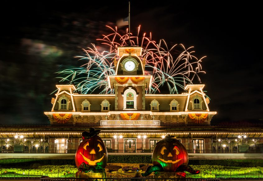 2017 mickeys not so scary halloween party showtime and parade schedule