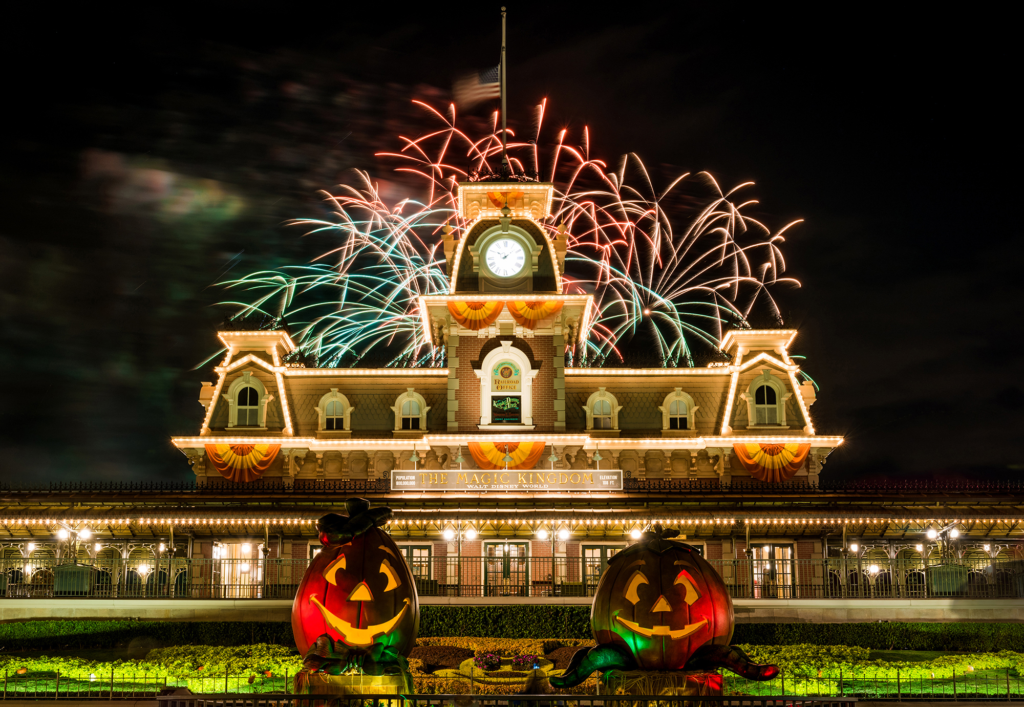 2017 mickeys not so scary halloween party showtime and parade schedule the traveling mouse company